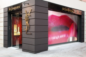 YSL_pop_up_store_dossier_4